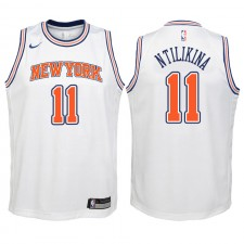 Knicks de New York pour la jeunesse ^ 11 Frank Ntilikina White Swingman Jersey - Édition Statement