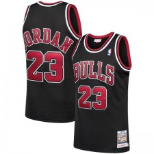 Mitchell & Ness Michael Jordan Chicago Bulls Noir 1997-98 Hardwood Classiques Authentic Joueur Maillot